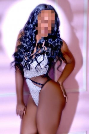 Airelle escort in Coppell